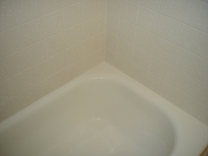 tub-caulk-after